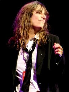 Patti_Smith_performing_at_TIM_Festival,_Marina_da_Gloria,_Rio_De_Janeiro_(4)